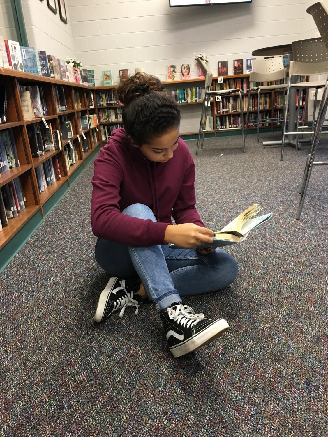SLHS Student reads