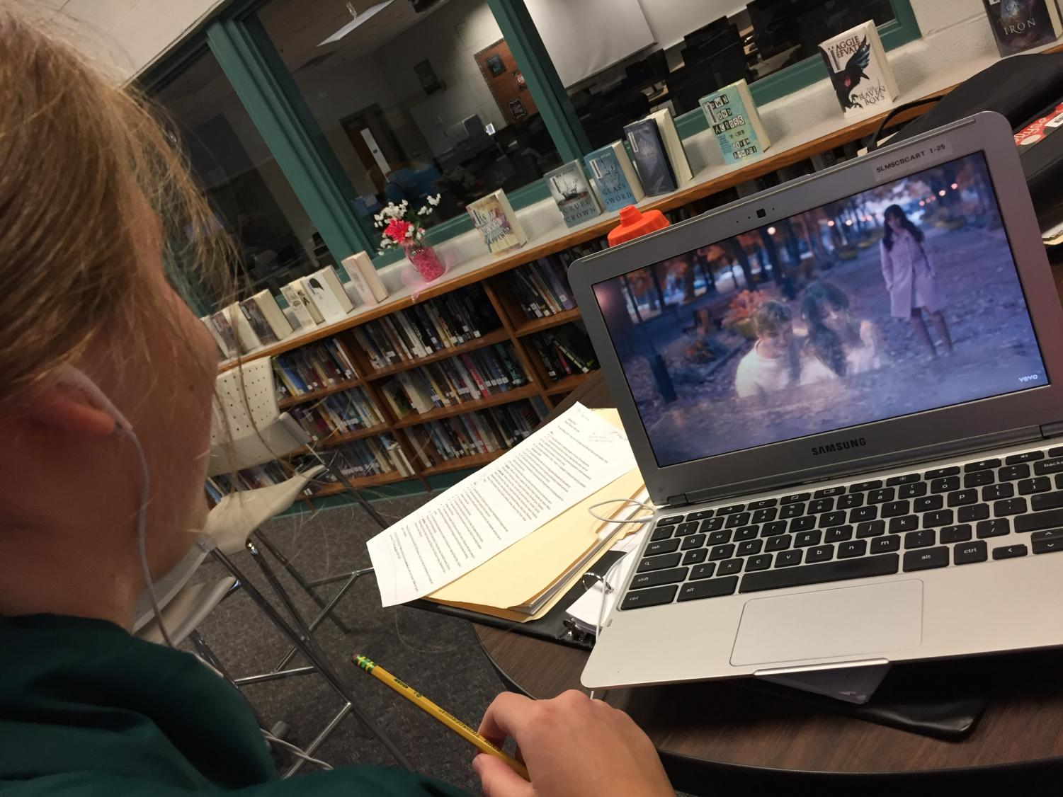SLHS student watches new Camila Cabello music video.