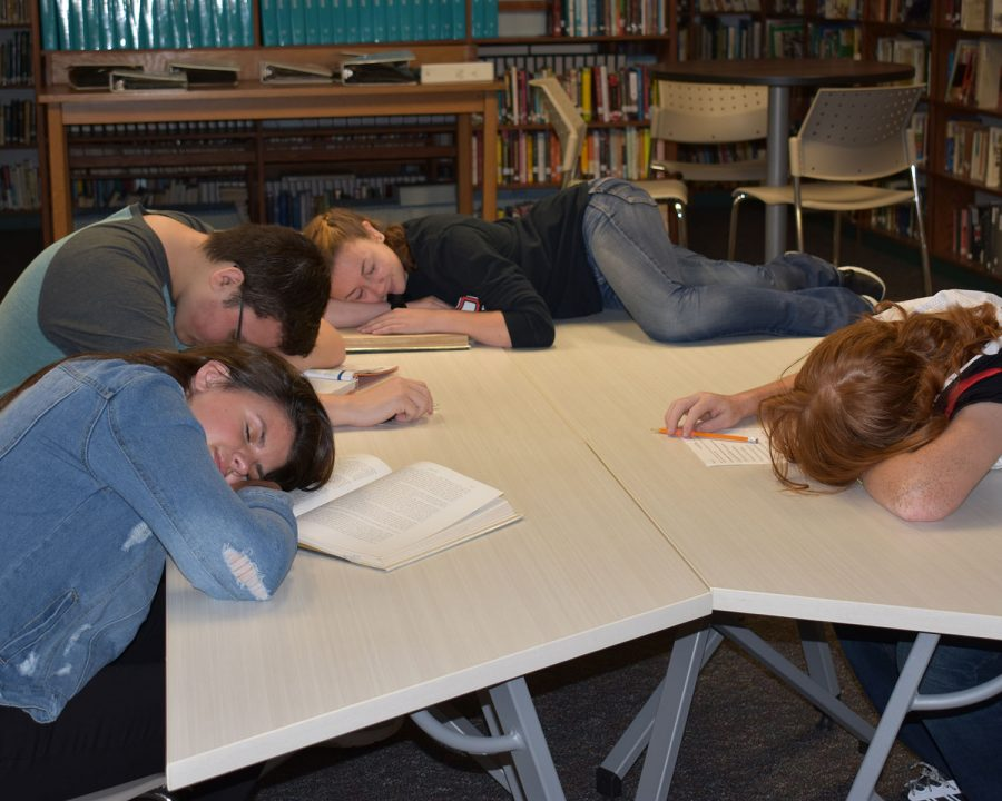 Kids+sleep+in+library