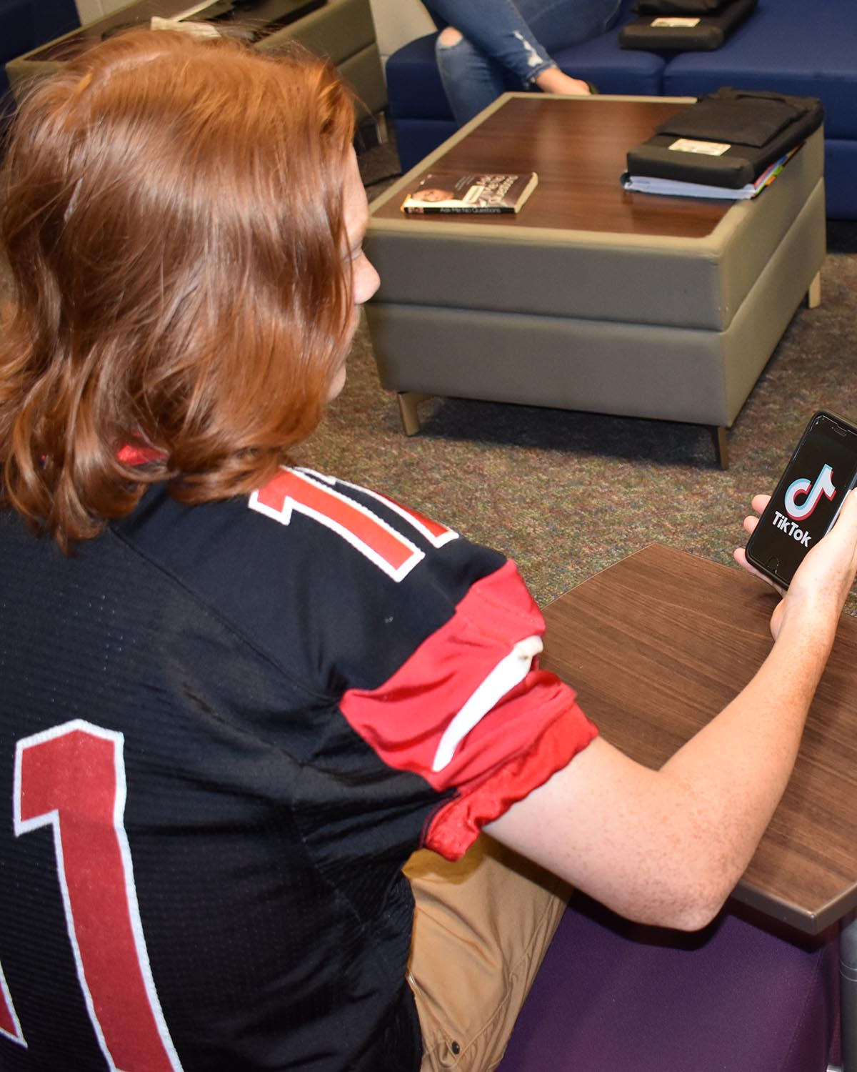 An SLHS student spends time accessing TikTok.
