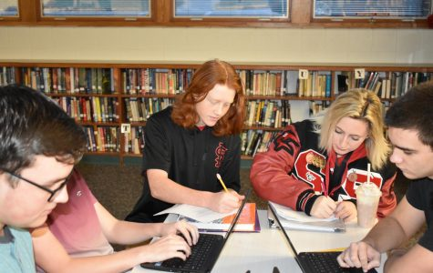 SLHS students prepare for semester 1 exams