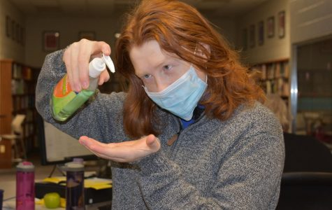 SLHS students and staff react to spreading Coronavirus