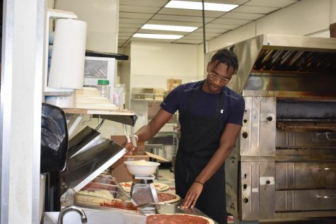 Avante Taylor works at Main Street Pizza.