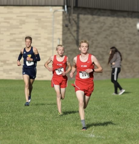 Keegan Honig and Ben March finished fourth and fifth respectively to help secure the win.