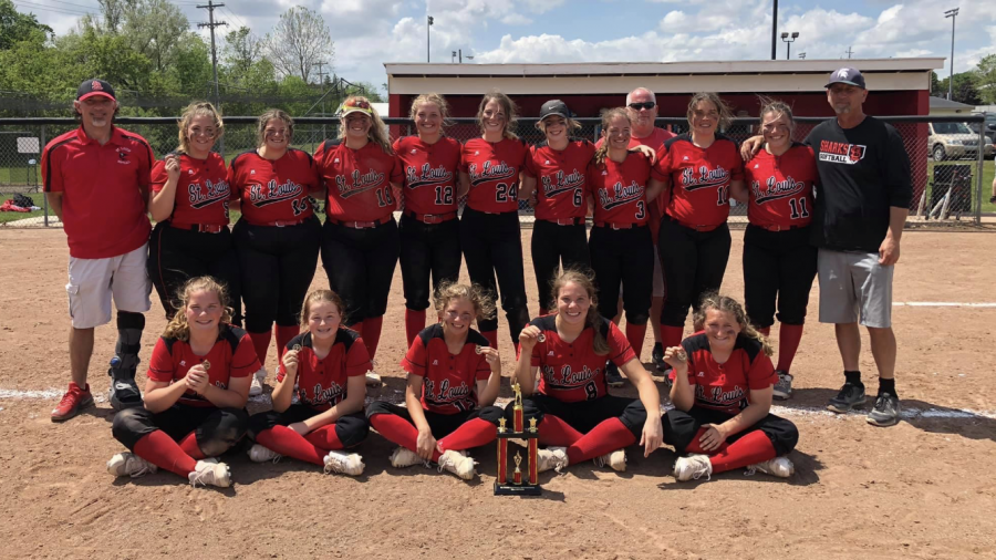 St. Louis varsity softball team has a win streak of four after tremendous weekend.