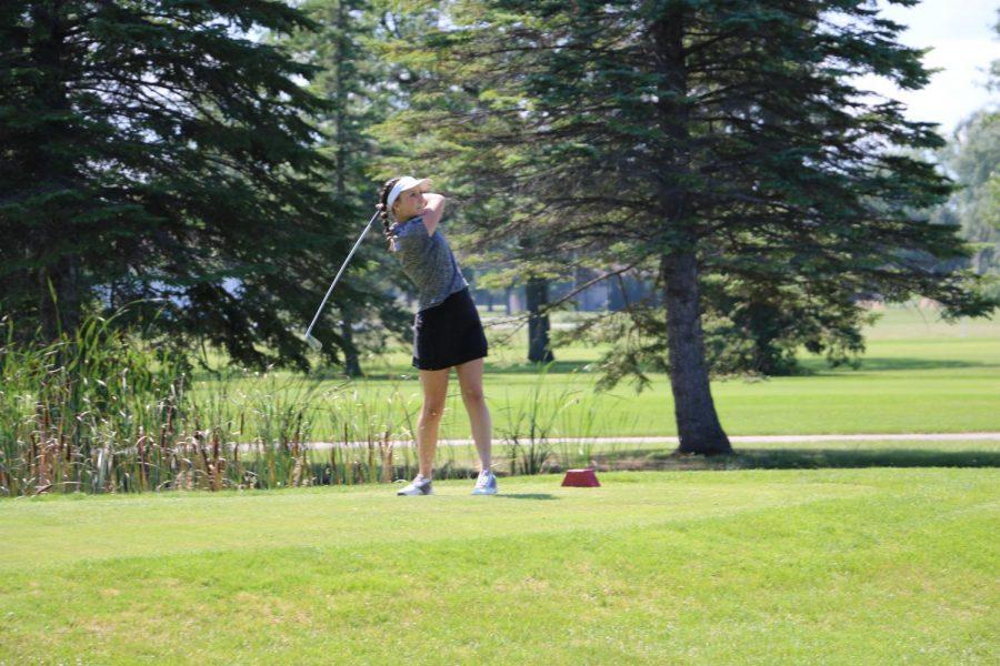 Natalee Hoyt tees at Jamboree in Twin Oaks Golf.